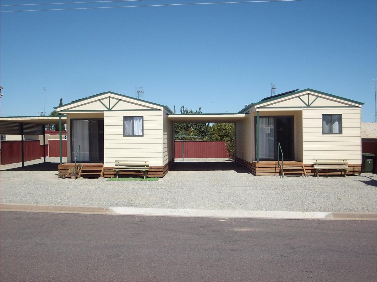Jacko's Holiday Cabins - Tourism Canberra