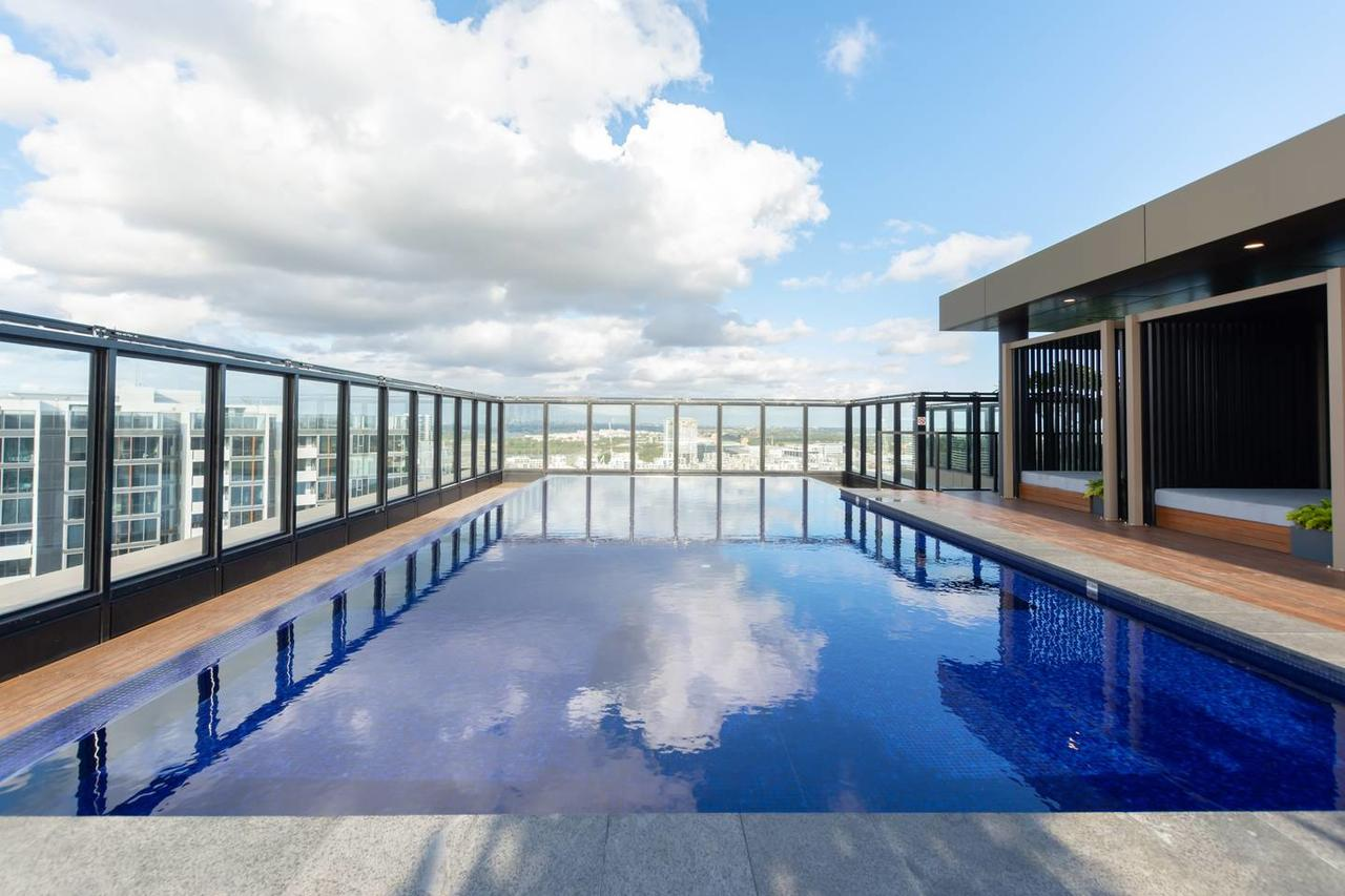 Japanese Style waterfront apt wt rooftop pool - Tourism Canberra