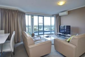 Sails Apartments - Tourism Canberra