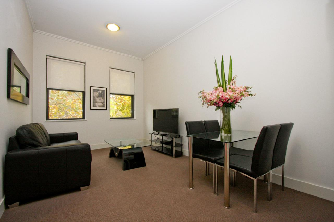 The Star Apartments - Tourism Canberra