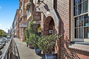 Sydney Harbour Bed and Breakfast - Tourism Canberra