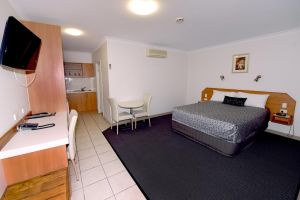 Carriers Arms Hotel Motel - Tourism Canberra