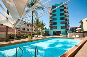 Aqualine Apartments On The Broadwater - Tourism Canberra