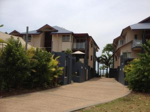 Beach House Apartment 1 - Tourism Canberra