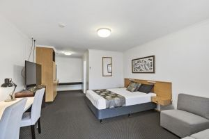 Blue Shades Motel - Tourism Canberra